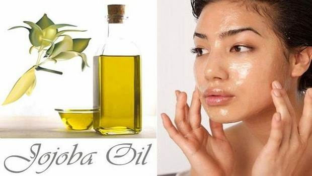 use-jojoba-oil-as-a-cosmetics-remover-and-a-facial-cleaner1